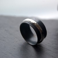 Night spinner silver ring