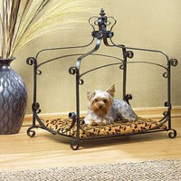 Royal Splendor Pet Bed from Jannie&#x27;s LiveDeals