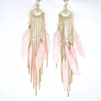 Golden Tone Pink Feather Drop Earri.. on Luulla