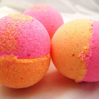 Cranberry Splash Bath Bomb