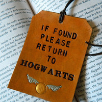 Leather Luggage Tag - Harry Potter - Please Return to Hogwarts - Golden Snitch Detail - J K Rowling