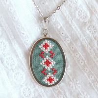 Hand embroidered necklace with ukrainian ornament white by skrynka