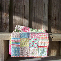 FREE SHIPPING//// Girly Charm Quilt by PlatoSquirrel on Etsy