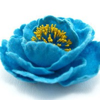 Felted Brooch Turquoise Flower  handcrafted  gift by Roltinica