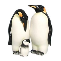 Amazon.com: Westland Giftware Mwah Magnetic Penguins Salt and Pepper Shaker Set, 3-1/2-Inch: Kitchen & Dining