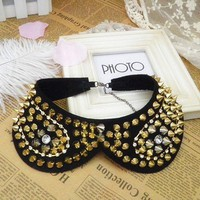 Gold rivet studded with rhinestones collar-detachable