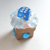 BLUE DICE BOX - tiny - 2.4 x 2.4 x 2.5 cm