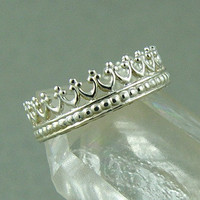 Sterling Silver Crown Ring by fallingleafjewelry on Etsy