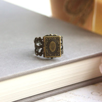 A Tiny Librarian Locket Ring. A Book Locket Vintage Style Adjustable Ring. Bookworm. Unique. Secret notes, Wizard Book. Book of Spells.