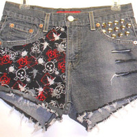Levis black LOW Rise Denim Shorts Skull Print  by Turnupthevolume