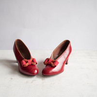 Vintage 30s Pumps / Red Leather / 1930s Bow by GingerRootVintage