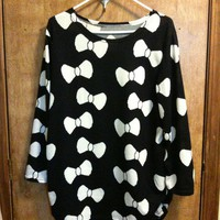 Bow print oversized sweater