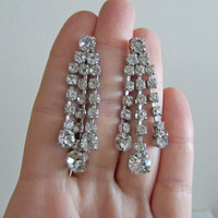 Vintage 1950s Dangle Rhinestone Earrings. Long Chandelier Earrings. Addy on Etsy.