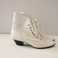 1980s Lace Up Boots in Ivory Off White  Victorian by adVintagous