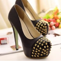 Fashion Rivet Embellished High Heel