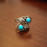 Vintage Women's Sterling Silver and Turquoise  Ring by chumaka