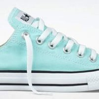 Amazon.com: Converse Chuck Taylor All Star Lo Top Aruba Blue Youth's 13: Shoes