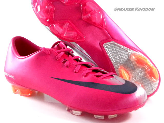 nike mercurial miracle fg cherry from sneaker kingdom on ebay