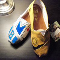 Star Wars Custom TOMS Shoes | materialicious