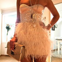 Style / Feather Jeweled Strapless Glamor Dress