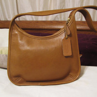 vintage tan COACH slim profile handbag. leather handbag. Coach leather bag. gift for her. camel handbag