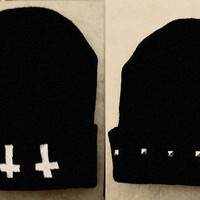 Cross &amp; Studded beanie hipster grunge tumblr