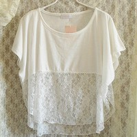 Loose White Shirt With Lace on Luulla