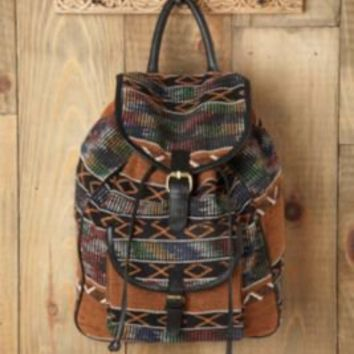 7 Chi Sari Pattern Backpack