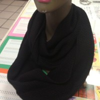 Infinity Scarf Black Knit