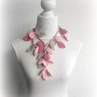 Crochet lariat scarf with Leaves in Dusty rose by Iovelycrochet