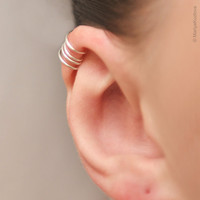 No Pierce Ear Cuff for the Upper Ear - False piercing - silver plated.