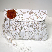 Pleated Clutch White Linen with Brown Flower