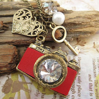 Love for Photography a vintage camera necklace by trinketsforkeeps