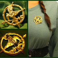 Hunger Games Inspired Katniss Mockingjay Pin by youngatheart86
