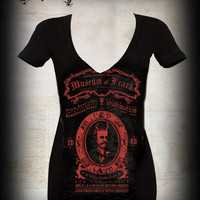 Museum of Fears deep V-Neck Tee
