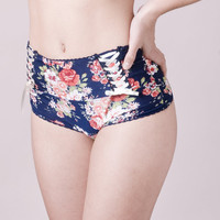 Lingerie - San valentine s - flowered panties - Full brief