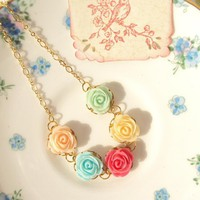 Beyond The Rainbow - Flower Necklace 16k Gold | Luulla