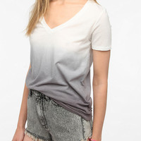 Urban Outfitters - BDG Washed V-Neck Tee