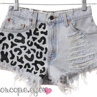 Vintage Levis LEOPARD PRINT Destroyed Denim by kaleidoscopeeyesvtg