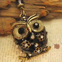 Jeweled  Vintage Owl Necklace by trinketsforkeeps on Etsy