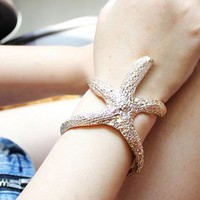 Bohemian Golden Starfish Cuff Brace.. on Luulla