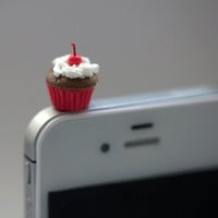 Kawaii MINI CHERRY CUPCAKE Iphone Earphone by fingerfooddelight