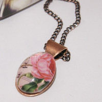 Rose Necklace on Luulla