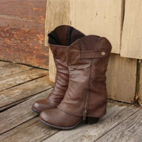 Indian Creek Cuffed Boots