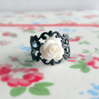 Rose Ring White and Black Eleanor by theblackstarboutique