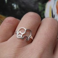 accessoryinlove  Cute 925 Sterling Silver Elephant Ring