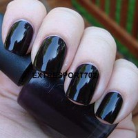 OPI ~ LINCOLN PARK AFTER DARK ~ Vampy Creme Nail Polish