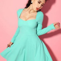 Green Low-cut U Collar High Waist Pleated Dress S009858