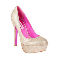 Betsey Johnson Deeeva Platform Pump