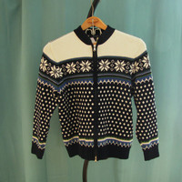 vintage snowflake sweater by Landsend. size M. ski lodge sweater. zip cardigan. gift for her